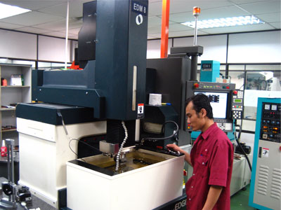 Precision tooling EDM machine